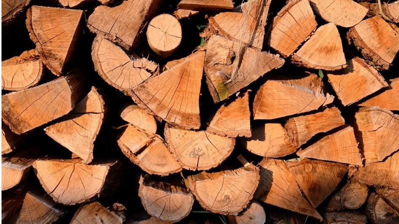 Biomasse-Scheitholz